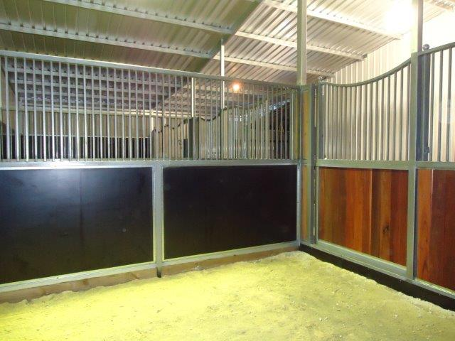 internal stall form ply and Jarrah bars above