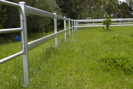 Steel yard railing 2 rails Galvanized