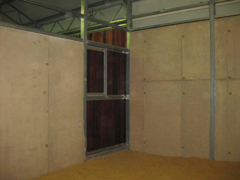 Concrete panel stable